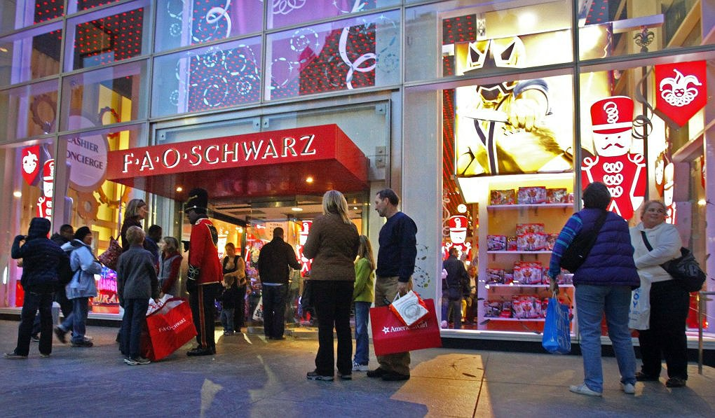 Best news ever fao schwarz could reopen in times square just fao schwarz could reopen in times square just in time for christmas 2016 sciox Image collections