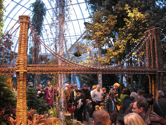 Weekend plans set the nybg holiday train show opens this Brooklyn botanical garden train show