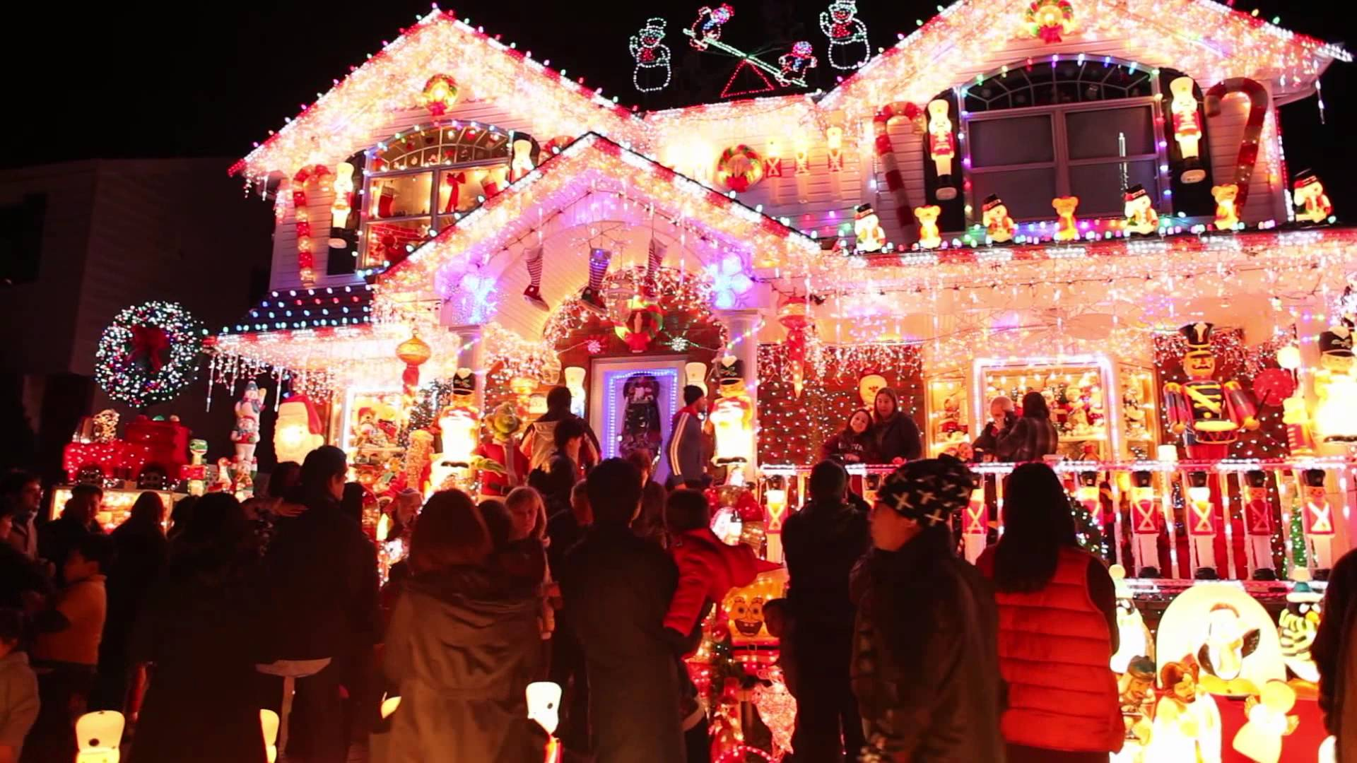 Turn Up the Lights in Here, Baby: 6 Must-See Outer Borough Holiday ...