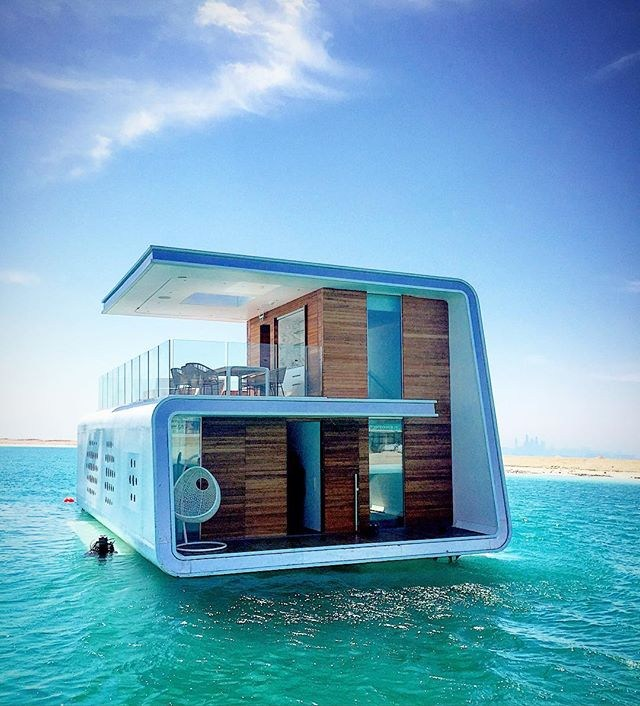 Luxury Homes On The Water: Luxury Life Aquatic: These Underwater Lairs In Dubai Are